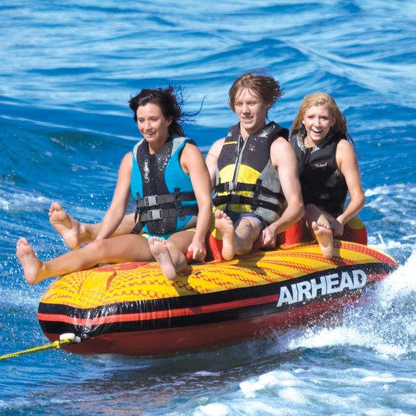 Gonfiabile a banana trainabile WAKE SURF 2 pers.