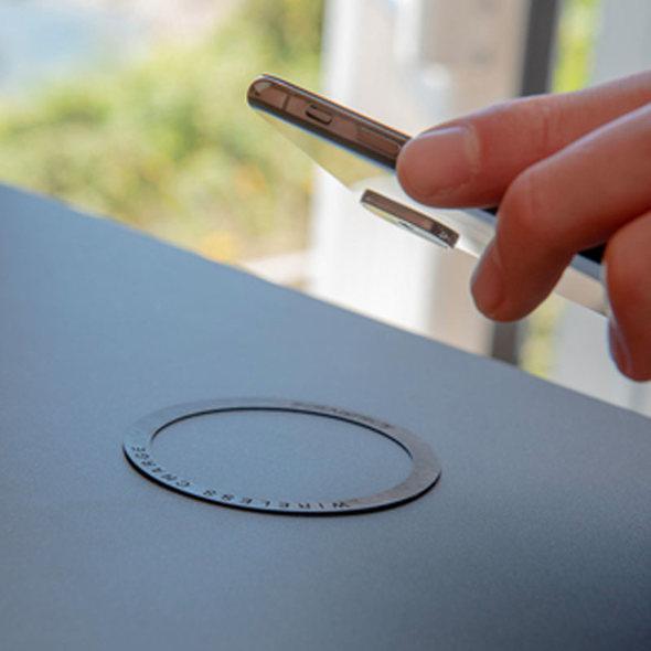 ROKK Caricabatterie Wireless Stagno a Scomparsa
